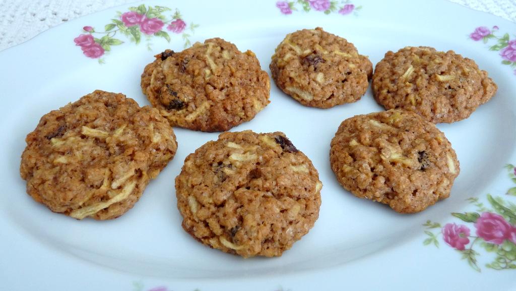 עוגיות שיבולת שועל ותפוחים