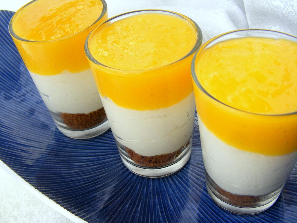 מוס גבינה ומנגו, קינוח כוסות קייצי ומרענן