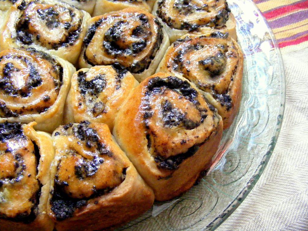 עוגת שמרים במלית קרם וניל אוראו