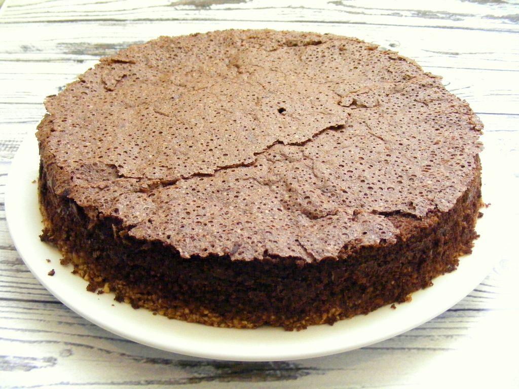 עוגת שוקולד ובוטנים ללא גלוטן מעולה לצליאקים ולפסח