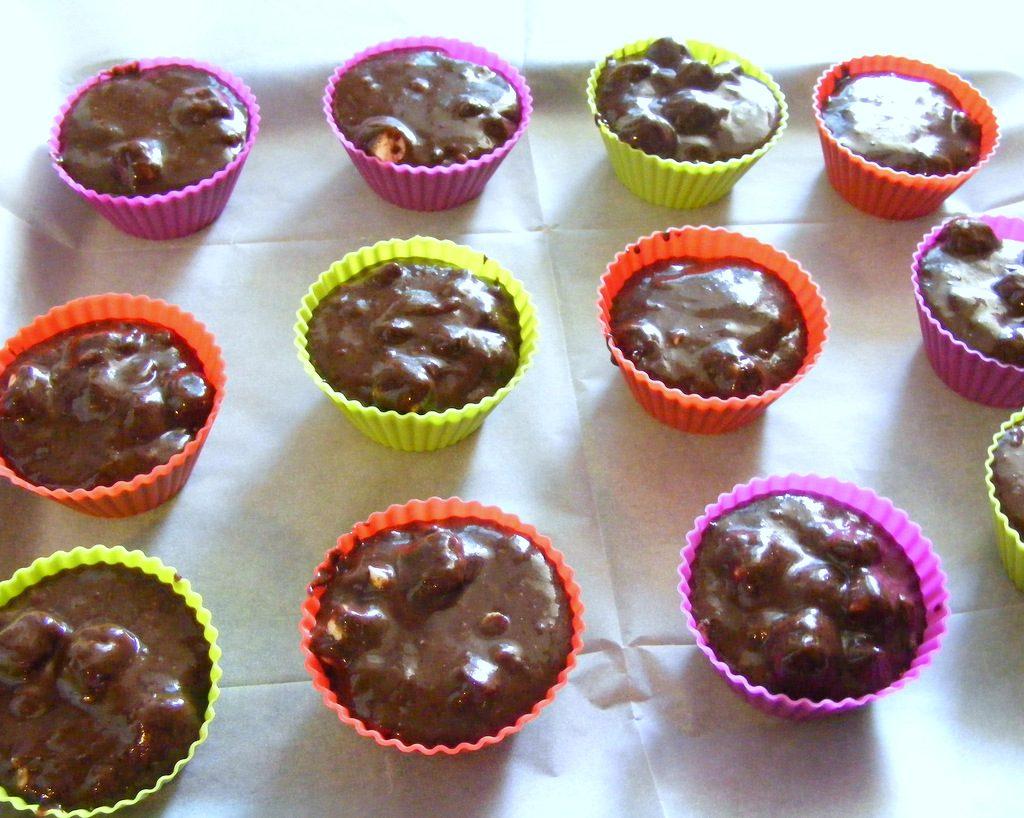מאפינס שוקולד משגע עם מרשמלו ושוקולד צ'יפס