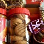 עוגיות לוטוס קוקוס משלושה מרכיבים והן פרווה וטבעוניות