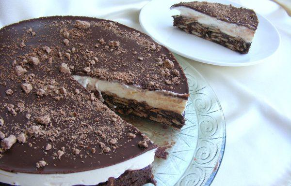 עוגת שוקולד וופלים וקצפת ללא אפייה הכי קלה וטעימה