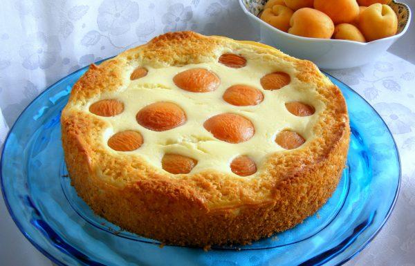 עוגת גבינה אפויה עם משמש טרי עוגה בחושה וממש קלה להכנה