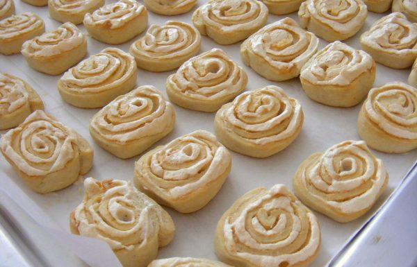 עוגיות שושנים עם קצף וניל עוגיות נהדרות למילוי צנצנת עוגיות