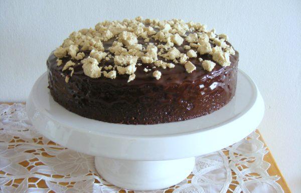 עוגת שוקולד חלבה עוגה בחושה רכה וטעימה