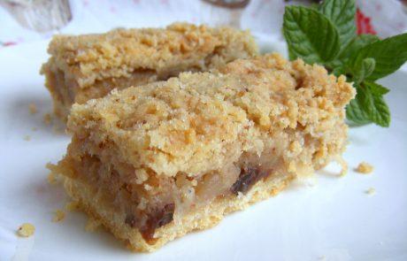 עוגת תפוחי עץ נוסטלגית במילוי עשיר עם בצק פריך