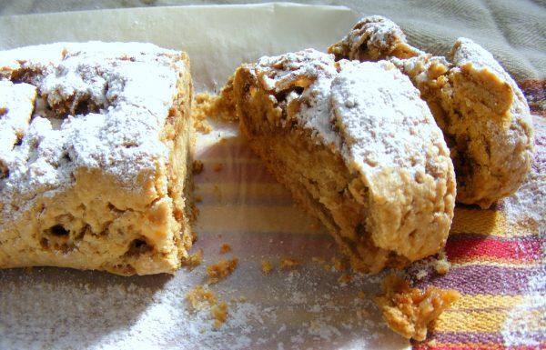 עוגיות מגולגלות טבעוניות במילוי תפוחים וממרח לוטוס