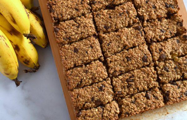 חטיפי שיבולת שועל עם בננה ושוקולד צ'יפס
