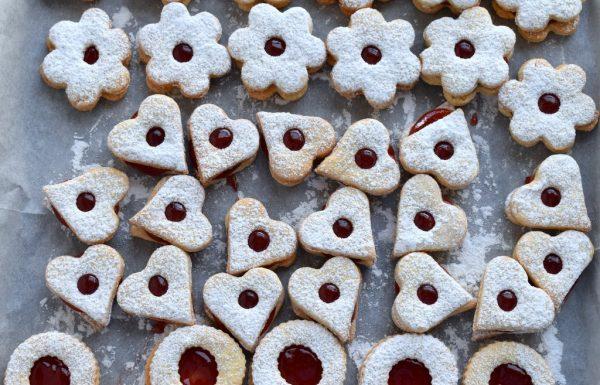 עוגיות סנדוויץ' ריבה או שוקולד מבצק נפלא