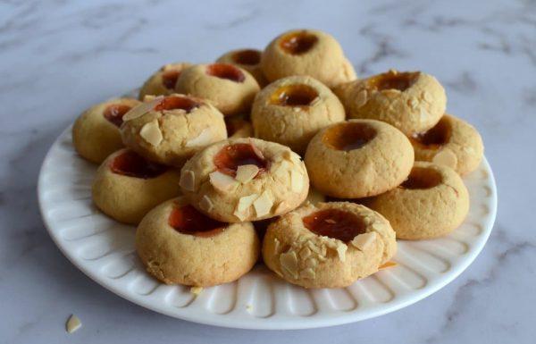 עוגיות שקדים עם ריבה