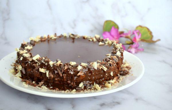 עוגת שוקולד ללא קמח עשירה ומומלצת ללא גלוטן