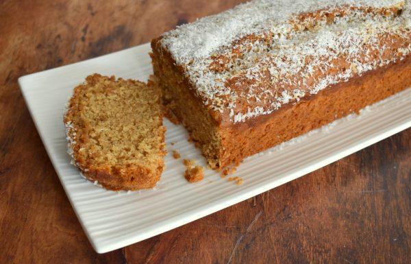 עוגת טחינה עם סילאן וקוקוס טבעונית