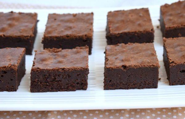בראוניז שוקולד קלאסי במרקם משגע