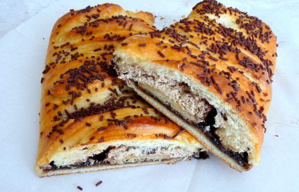 עוגת שמרים שוקולד עם קרמבו